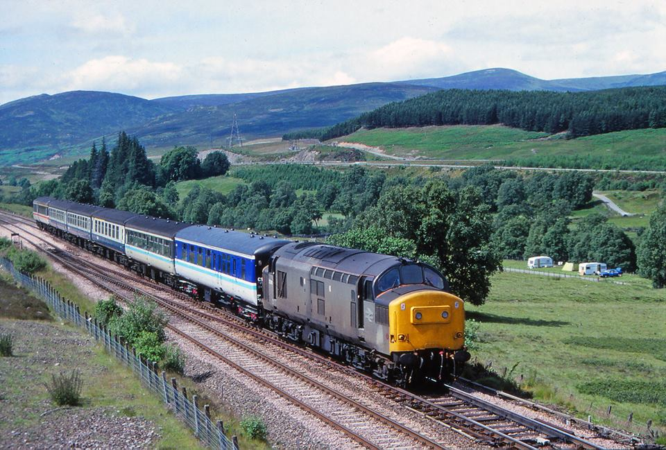 240 1230 Inverness-Glasgow QS (seen at Dalnacardoch)