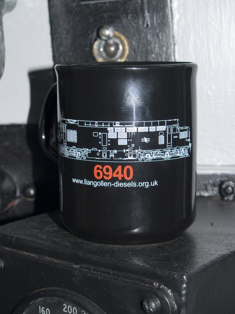 DD107119-768x1024